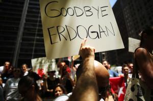 Turchia i laici in piazza contro Recep Erdogan