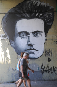 01 Roma Ostiense Un Futuro dietro ad un Muro Graffiti Murales Gramsci DSC_4507 web