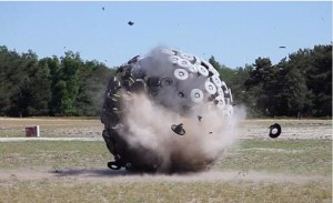 05 Bei Gesti Mine Kafon pallone anti bombe Schermata-2013-10-03-a-20_13_04