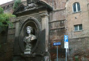 01 Una piccola avventura mura_aureliane_via_campania_testone