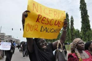 OlO Nigeria 2 Boko Haram 200 studentesse rapite e vendute come schiave 310x0_1399290156494_Nigeria_Kidnapped_Gir_rain
