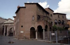 01 Roma Tre incoerenze iperboliche Portico d'Ottava Casa dei Vallati 7 web