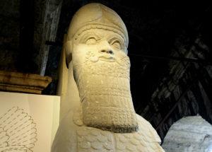mostre-roma-colosseo-rinascere-dalle-distruzioni-ebla-statua